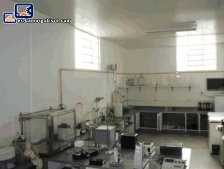 Equipo completo de laboratorio