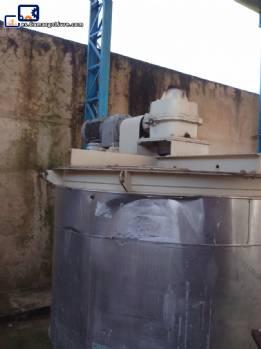tanque de 5000 litros con motor y reductor