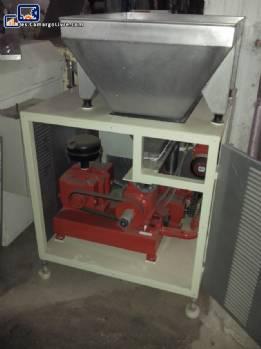 Alimentador con mezcladora y transportador de tornillo tipo Triblender masas nuevas