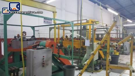 Máquina para torcer hilos de metal PRB